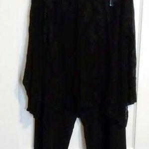 Women,s two pc pants suit.